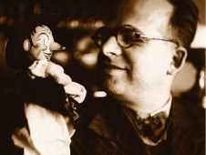 Dr. Niko Kuret with a puppet of Pavliha
